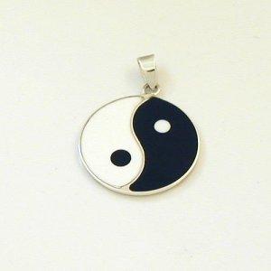 silber anh nger yin und yang. Black Bedroom Furniture Sets. Home Design Ideas